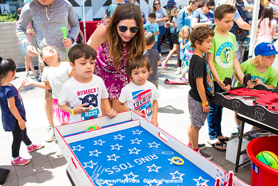 Runway Spring Carnival.  RunwayPlayaVista.com.  Photo by VenicePaparazzi.com