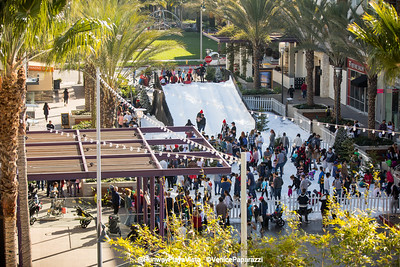 Runway Playa Vista.  Photo by VenicePaparazzi.com