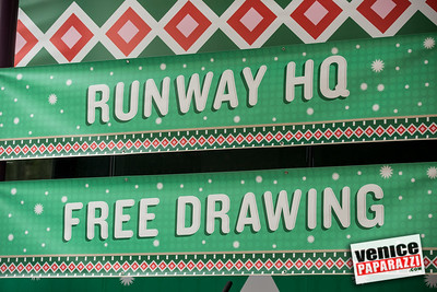 @RunwayPlayaVista Holiday Block Party   #HoHoRunway   www.RunwayPlayaVista.com   Photo by www.VenicePaparazzi.com