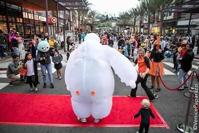 RunwayPlayaVista.com. Photo by Venice Paparazzi