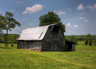 Barn near Spring Hill, TN