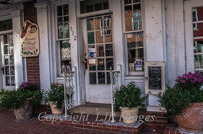 Entrance to a boutique in Weston, Missouri