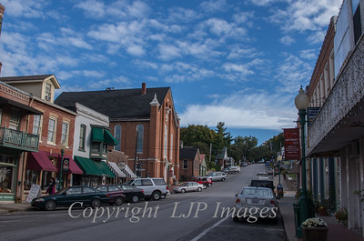 Street view of Main street in Weston, Missouri