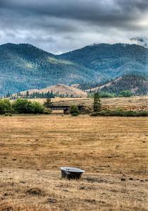 mountains-field-bathtub-2-4
