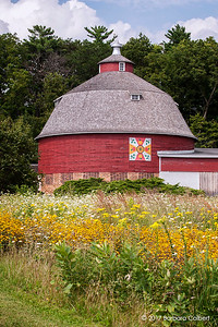 Rob & Annie Ten Eyck Round Barn | Apple a Day | Broadhead, WI