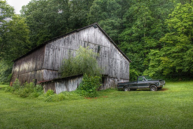 Country Barn - HDR
