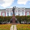 Памятник В. Ульянову-Ленину