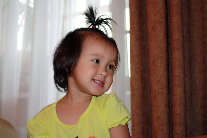Li Lihua's daughter, Katya.