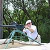 Дмитрий Петров недурно смотрится за крупнокалиберным пулемётом.