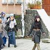 Students at the Institute of Islam. Слушательницы курсов Корана при Исламском институте в Бишкеке торопятся на занятия.