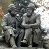 Monument to Marx & Engels near the American University. Маркс и Энгельс неподалёку здания Американского университета.