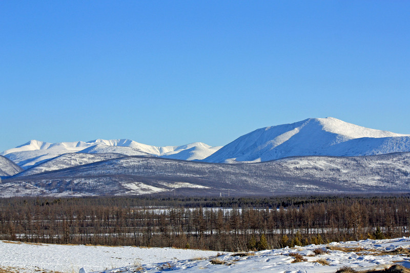The sands of Chara are surrounded by the Kodar Mountain range on one side & these, the Udokan Mountains, on the other.