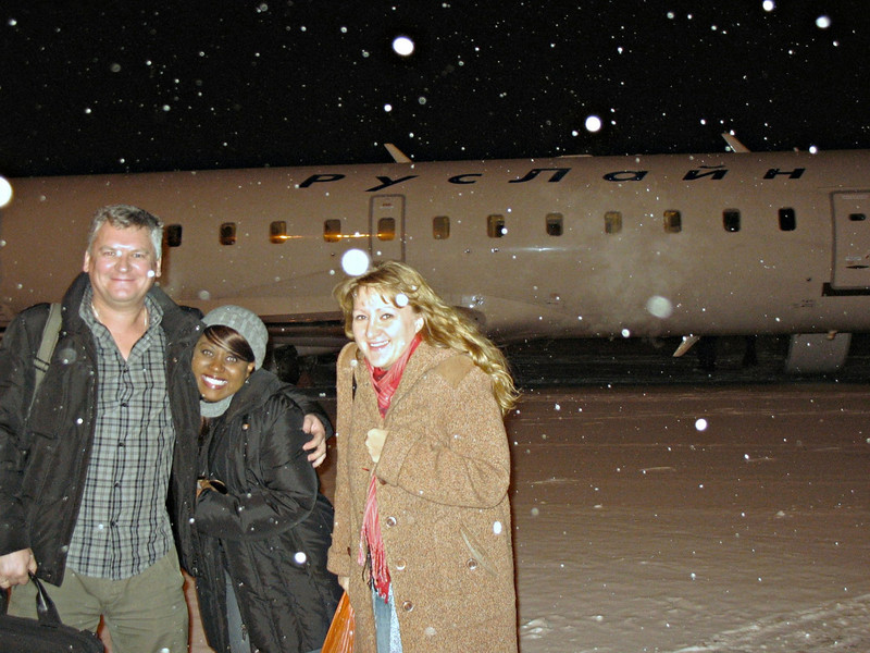 Dima, Lena & Staci arriving in a snowy Cheboksary.