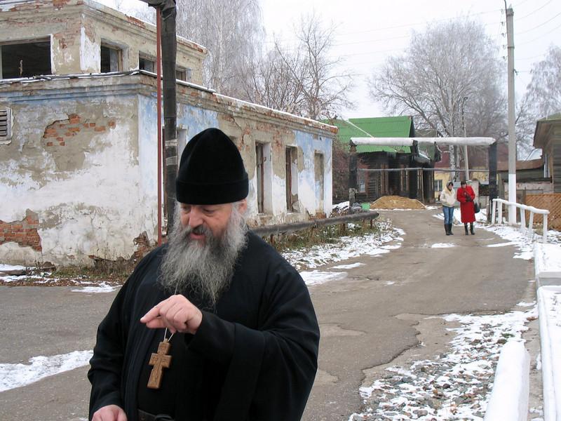 Father Vasiliy outside the Alatyr church.