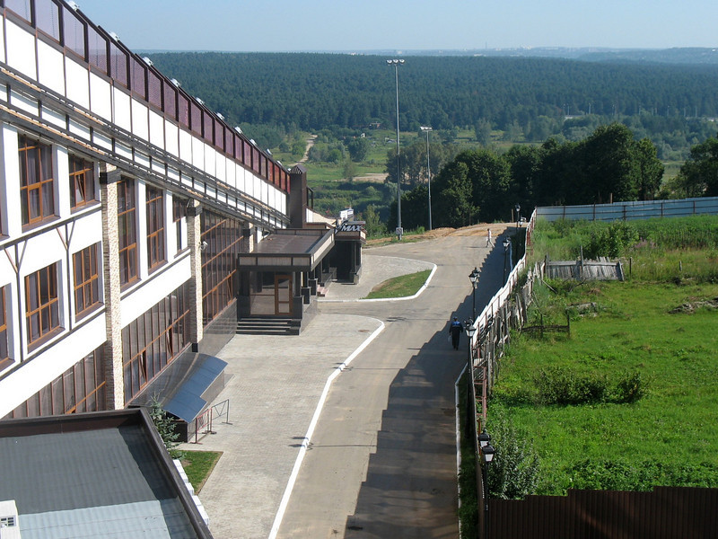 The Kwan Park Hotel in Kaluga. New hotel complex ~ no air conditioning ~ not!