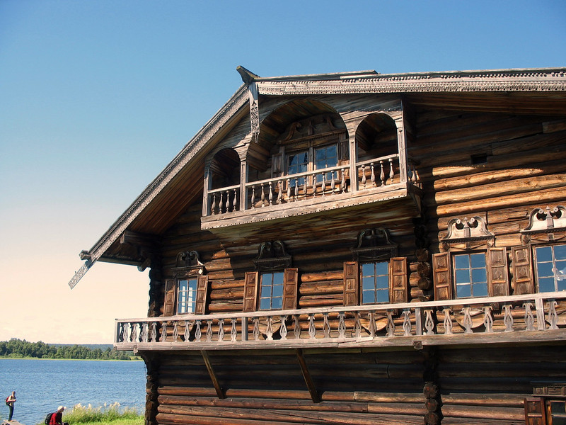 This wooden building was the home of a rich peasant.