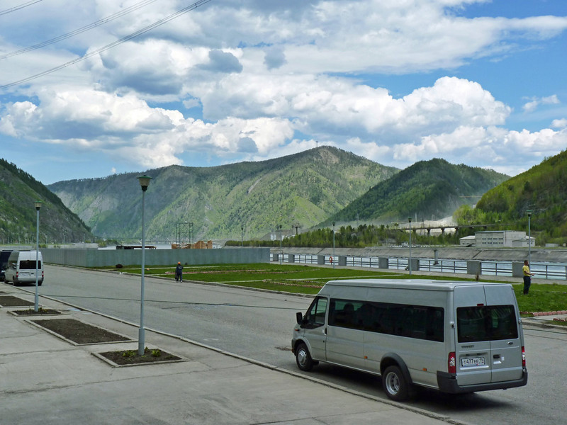Parked in front of the Sayano-Shushenskaya dam & hydroelectric station.