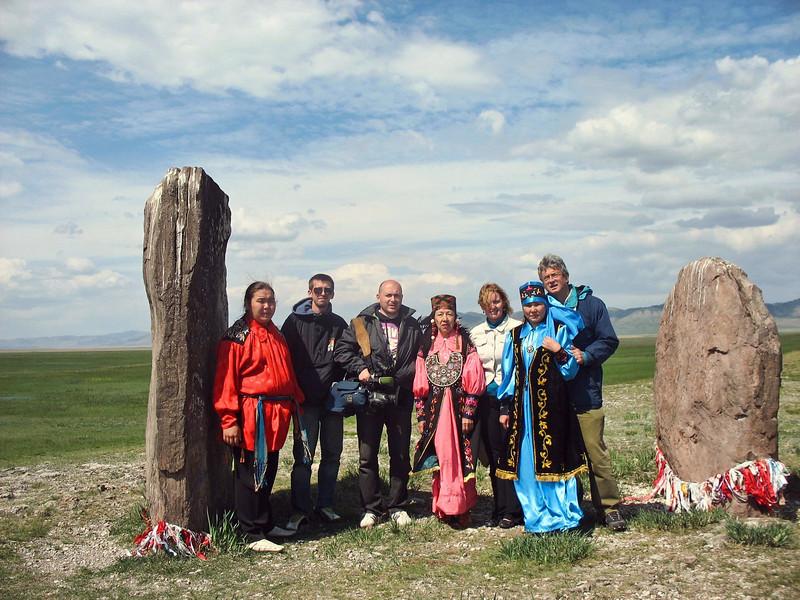RT crew & guides at the Big Salbyksky Kurgan.