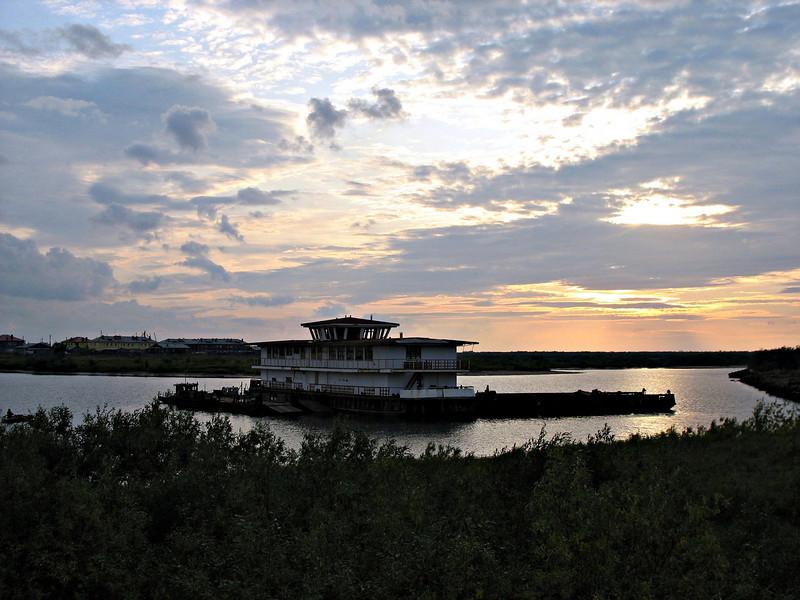 On the Pechora River. (Nar'yan-Mar, Russia)