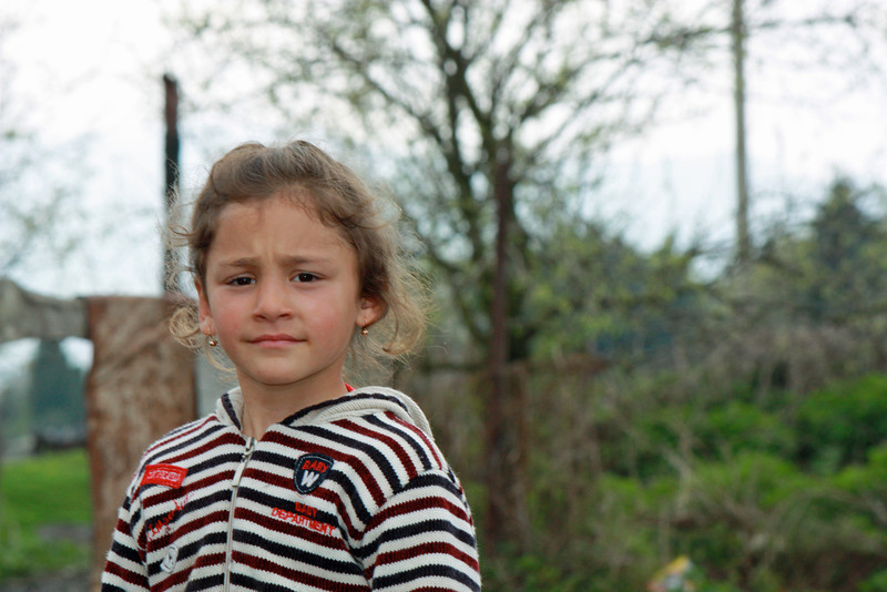 Young girl in the Kambileevskoe refugee camp.