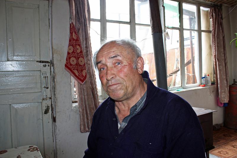 Гурам Чибиров, беженец из Кахетии, очень уважает русских....