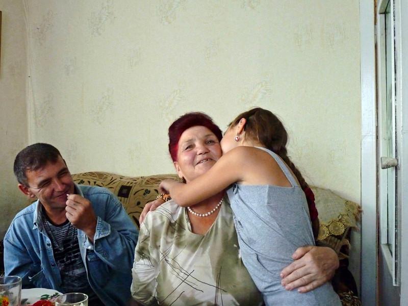 Рафаил, бабушка Марьям и маленькая Альбина. С днём рождения, бабуля! I love grandma!