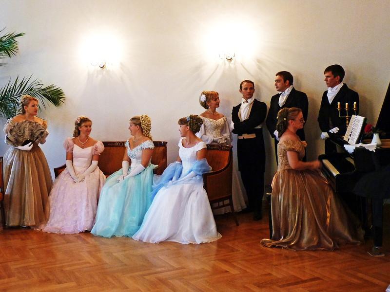 Ladies & gents in the Tarkhany ballroom.