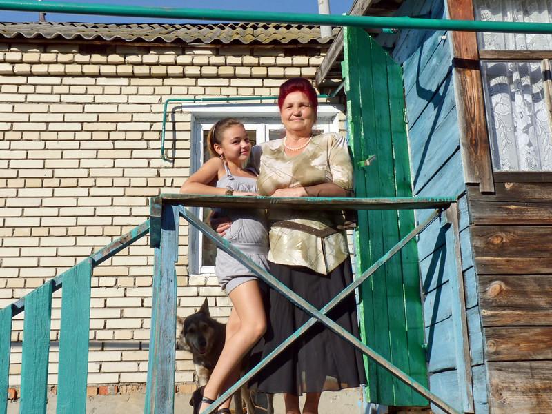 Mariam & Albina.