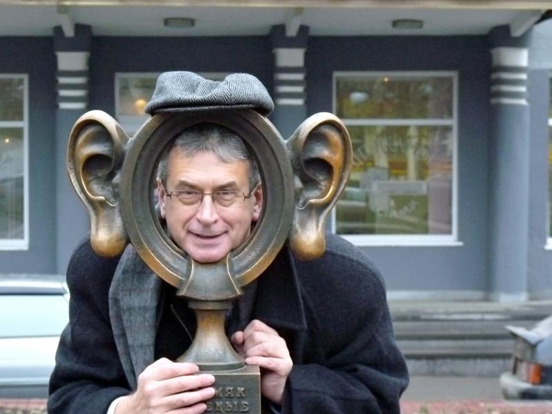 Рустем Сафронов хочет быть с ушами....