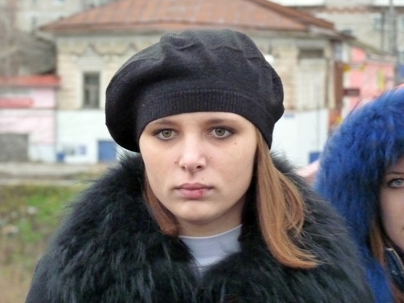 Kungur girl with fur collar & beret.<br /> <br /> Уралочка.