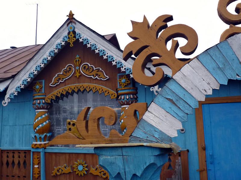 Parmailovo village house detail.