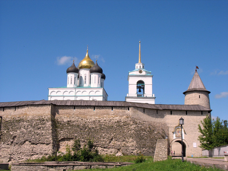 Entrance to the Pskov Kremlin ~ 15th century.