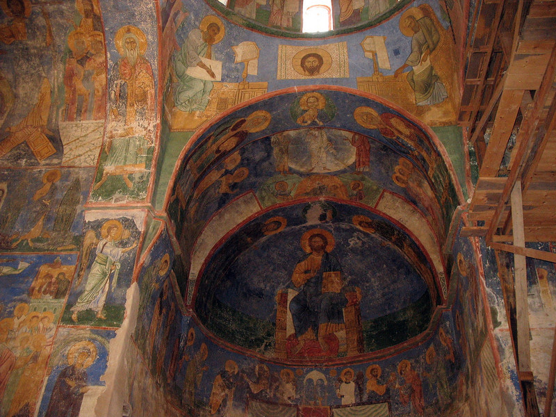 Central apse of the Transfiguration Church of the Mirozh Monastery.