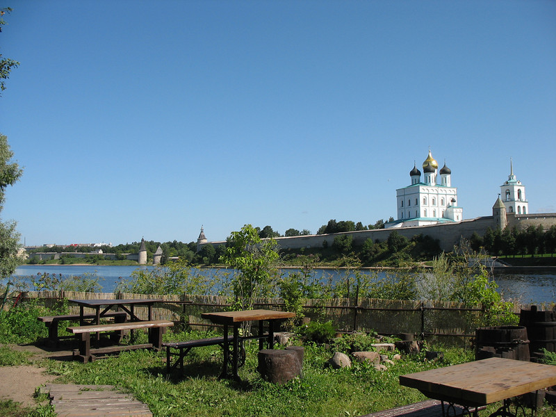 View of the Kremlin, Trinity Cathedral & Bell Tower from the café.
