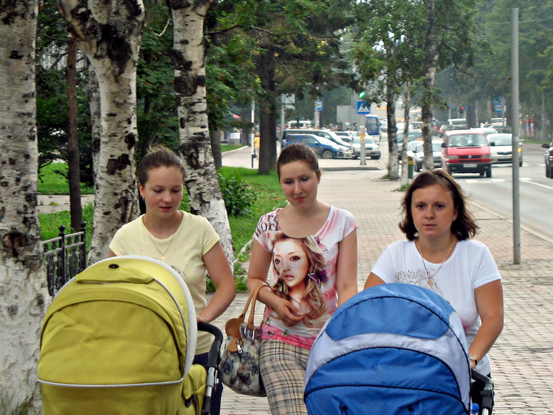 Mothers out for a stroll in Yuzhno-Sakhalinsk.