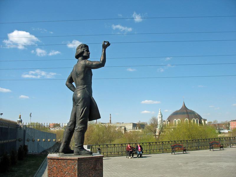 Despite his ingenuity, Levsha ends up dieing drunk, broke & forgotten - a testament to Russian destiny?