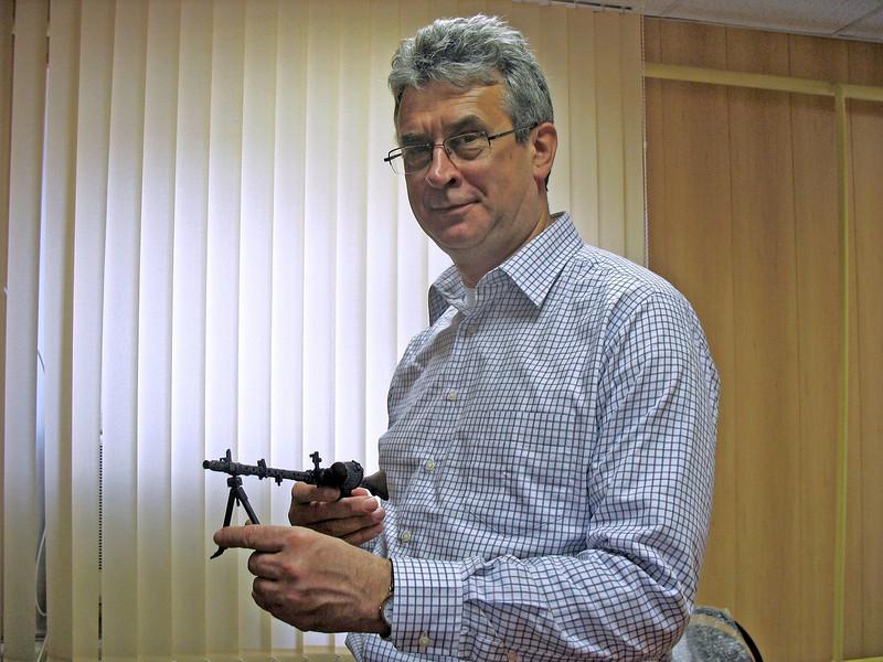 Miniature machine gun - it shoots!