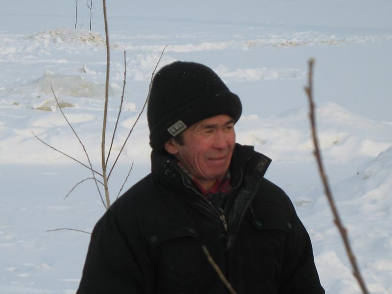 Laytamak fisherman. Рыбак в селе Лайтамак.