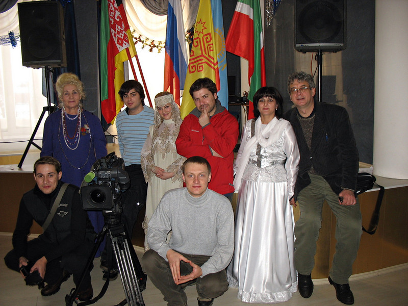 RT crew at the Nationalities Cultural Center. (Yalutorovsk)