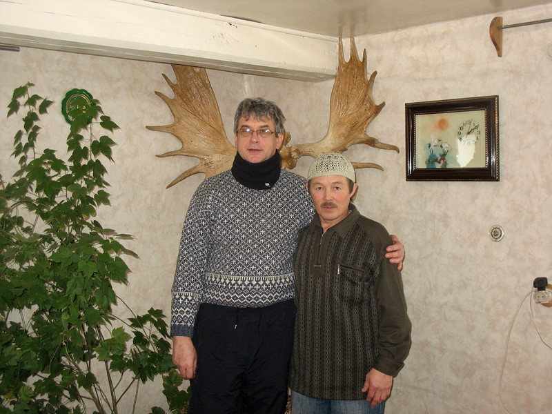 With Eskander Abdullin in his home in Laytamak. (Siberia, Russia)