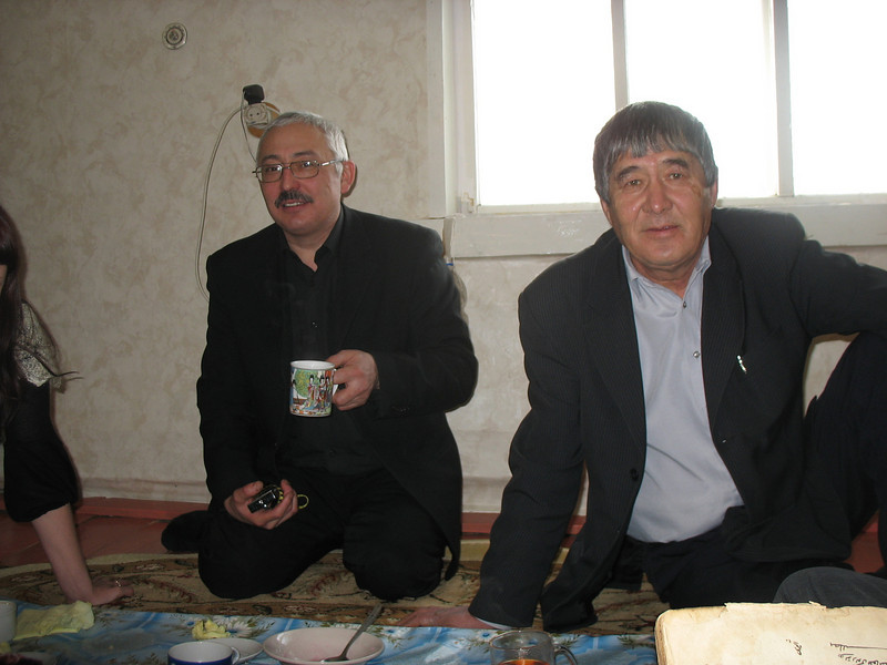 Rafik Tukhtabaev & Laytumak village head, Rakhmatullah. <br /> Рафик Тухтабаев и глава села Лайтамак Рахматулла.