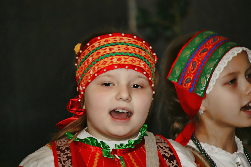 Russian children singing.