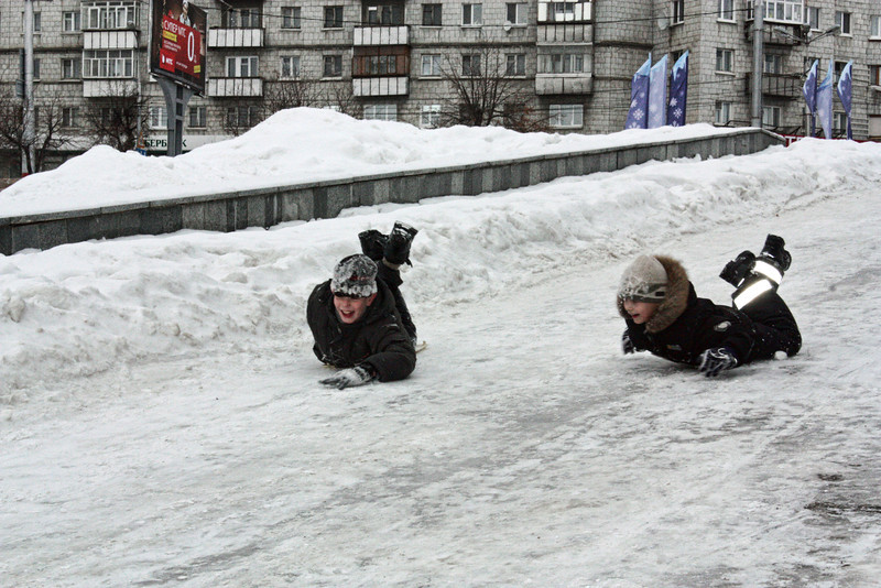 Sliding down the streets of Ulyanovsk.