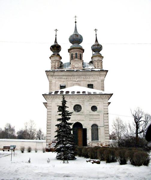 Church inside Yuriev-Polski monastery.