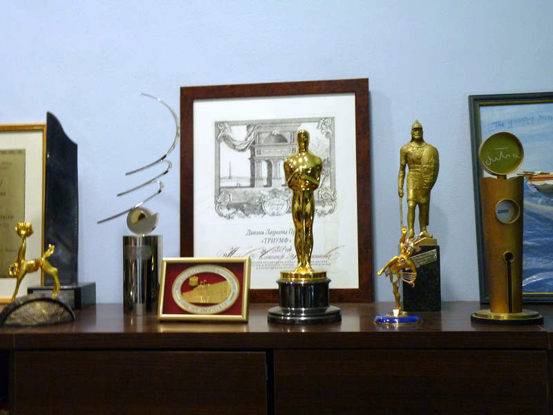 In Alexander Petrov's Yaroslavl studio, an Oscar & other awards for his animated films.