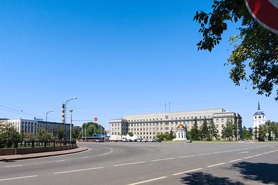 Sberbank, Kazanskaya Chasovnya chapel, and a tower of Savior Church