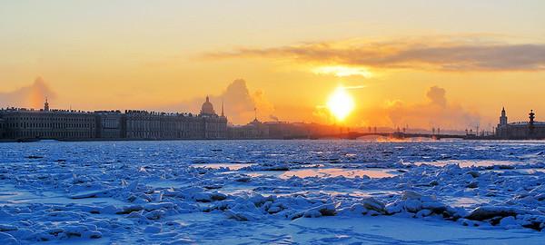Картинки  Рождественского Петербурга. Фото галерея Александра Чекина