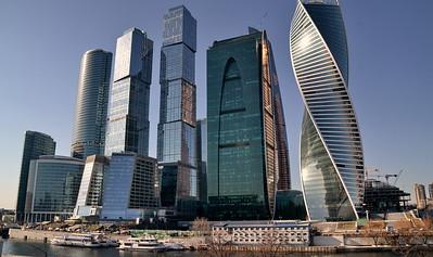 Москва весной