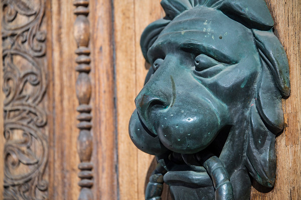 russia, moscow, red square, architecture, state historical museum, art, bas relief, door knocker, lion