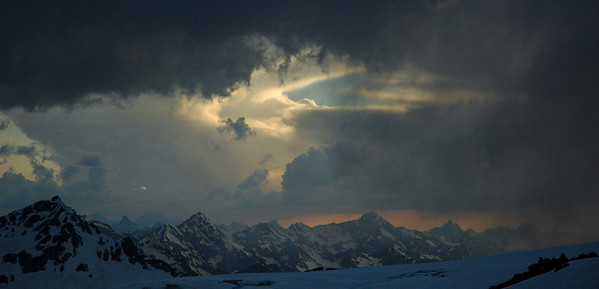 Storm in the Caucasus, 2006